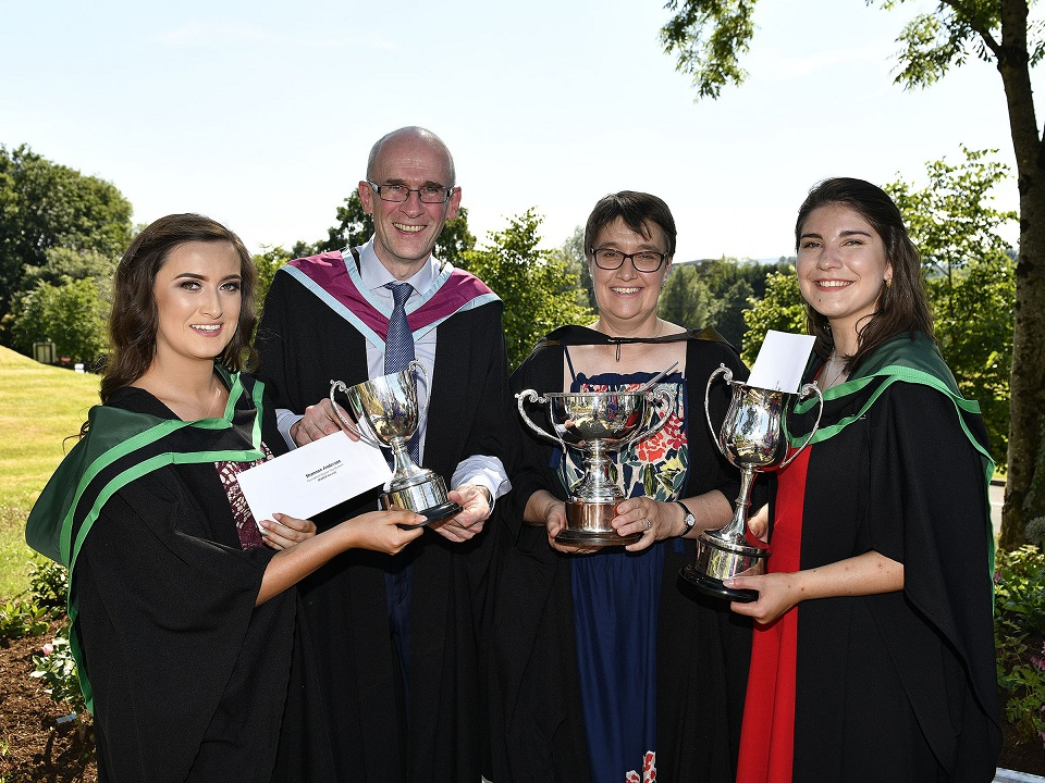 Top Equine Students