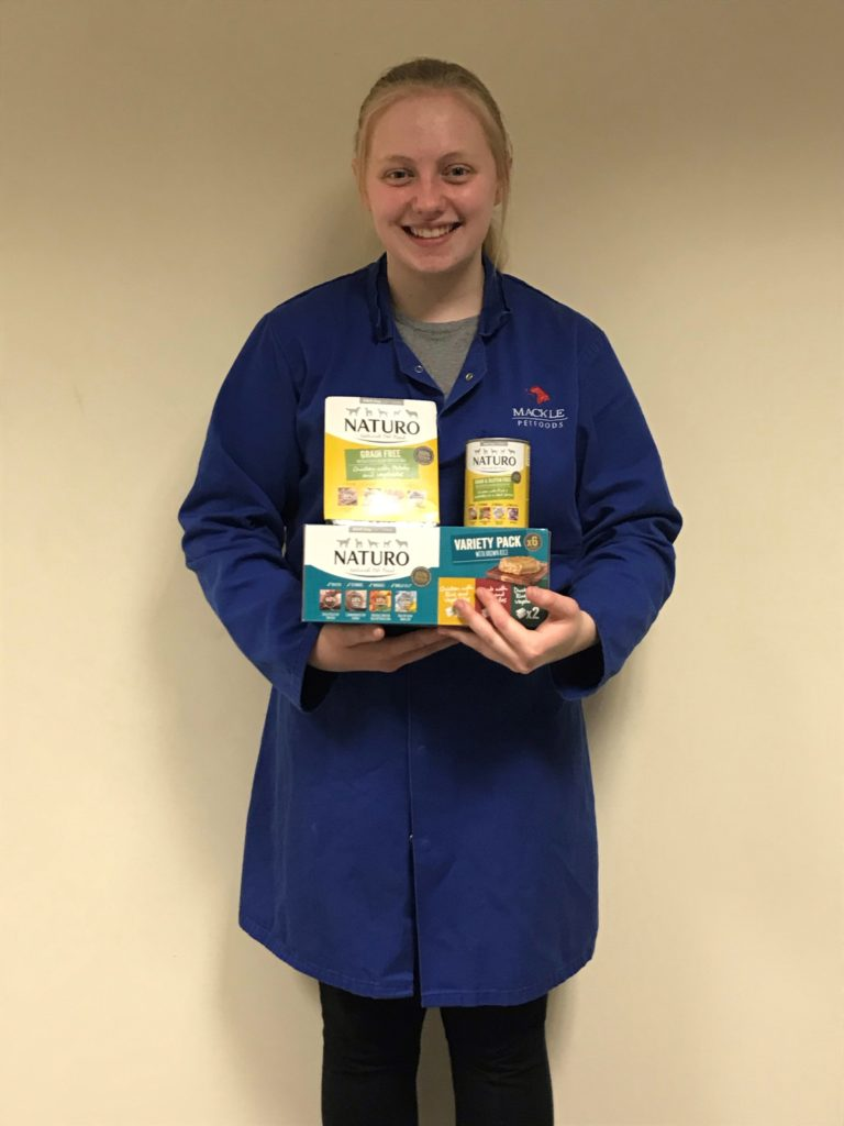 Lucy Stewart . Mackle Pet Foods Placement